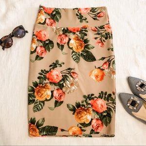 EUC Lularoe Cassie Skirt Floral Small